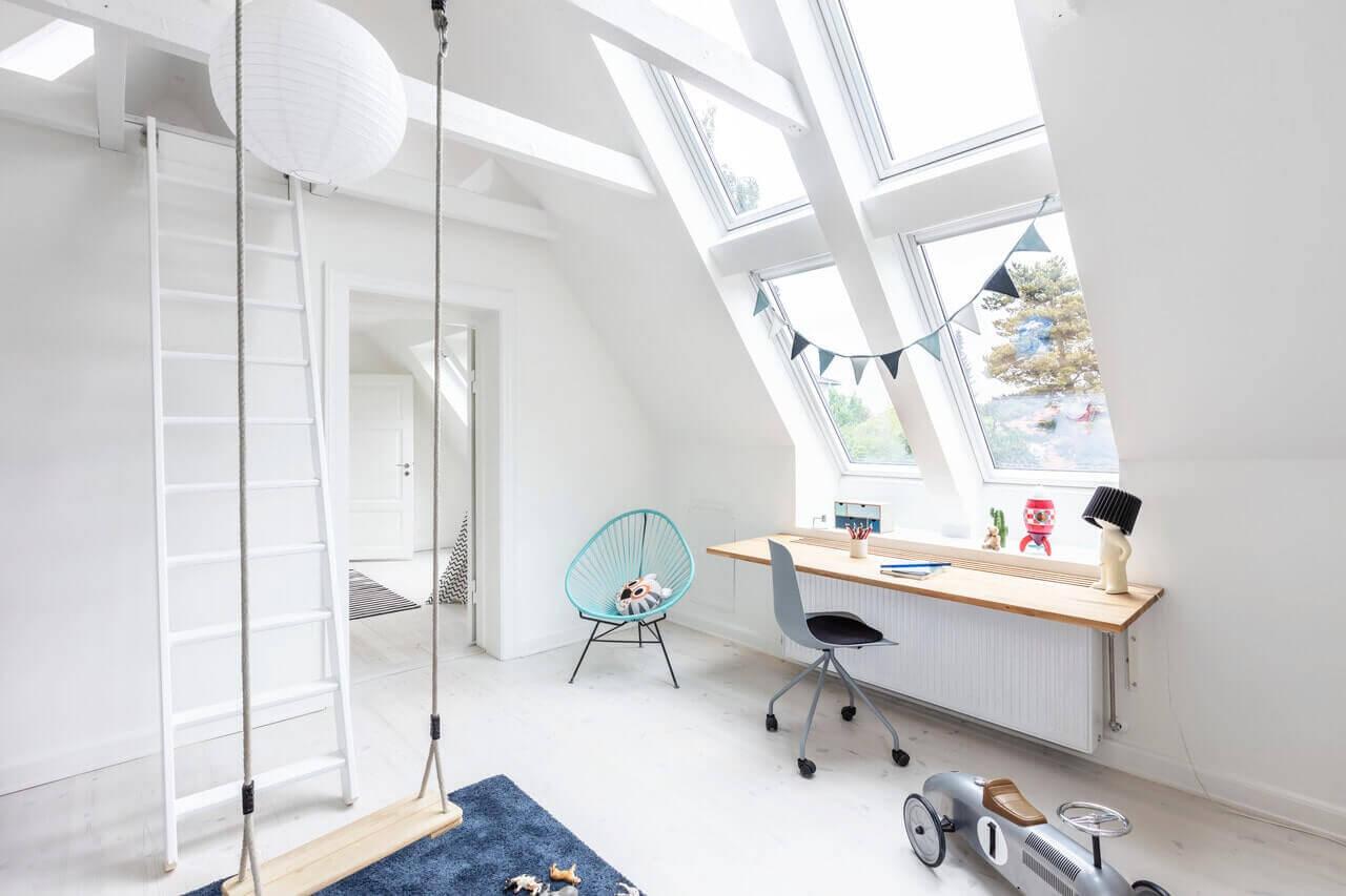 Роллеты для мансардных окон VELUX - комфорт и безопасность в Вашем доме